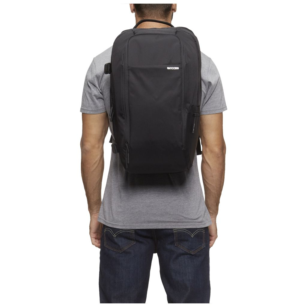 Incase Camera Pro Backpack | Black