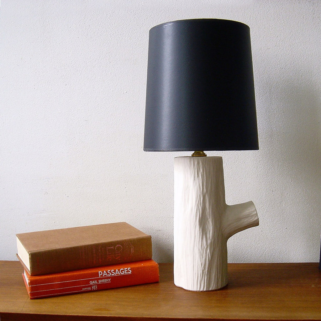 Michiko Shimada Log Lamp with Shade | White/Black-LLS032