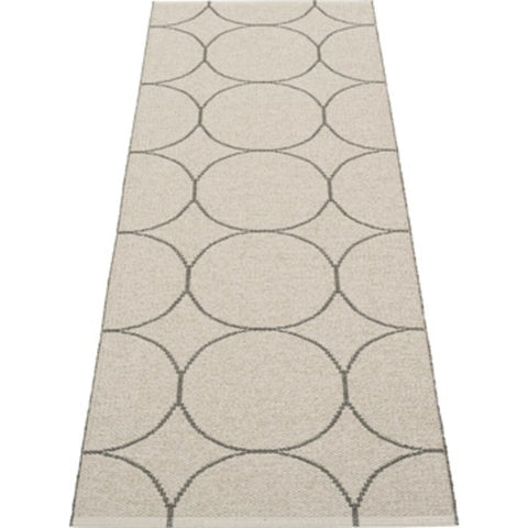 Pappelina Boo Woven Plastic Washable Rug With Double Folded Hemmed Edge