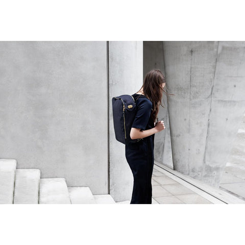 Qwstion Daypack Backpack | Organic Marina