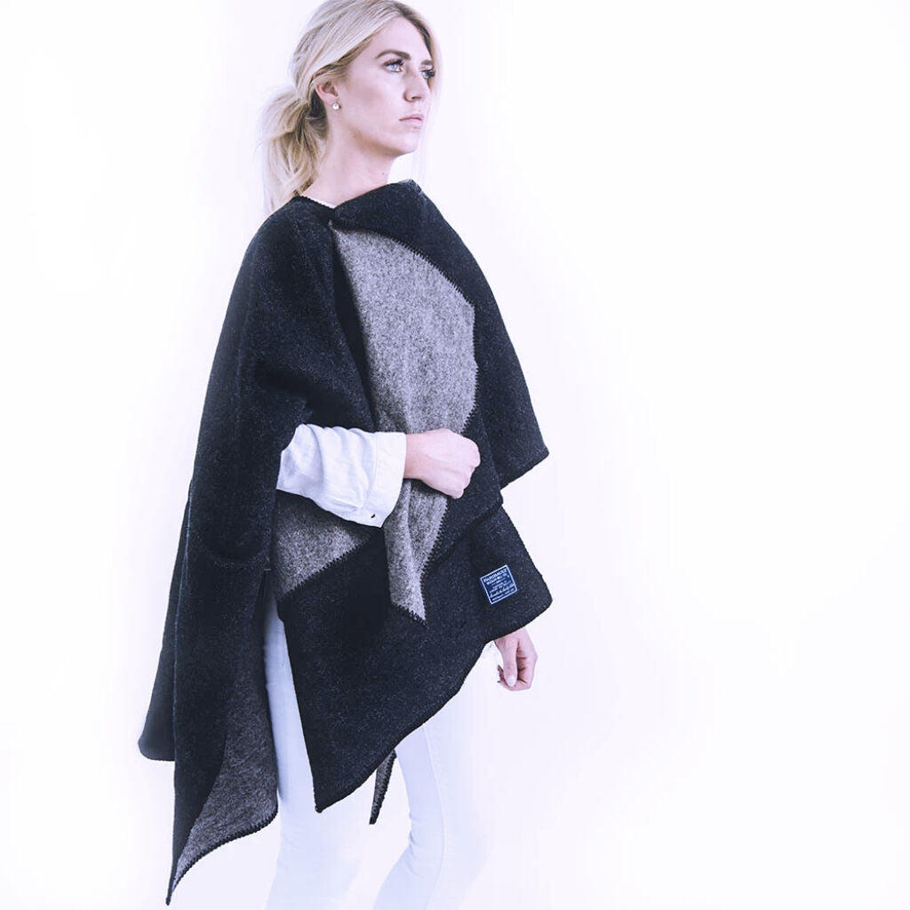 Reversible Solid Wool Wrap - Black Toast