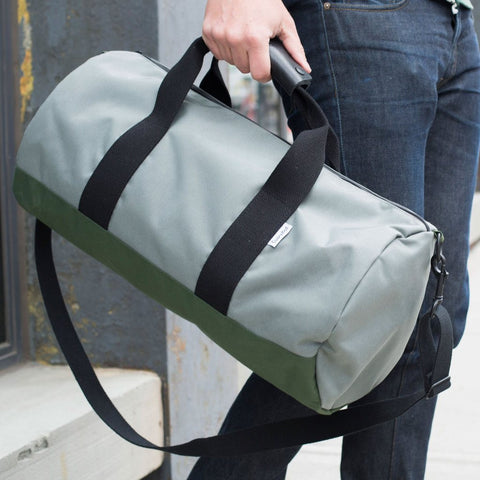 Owen & Fred Stay Sharp Duffel Bag | Silver