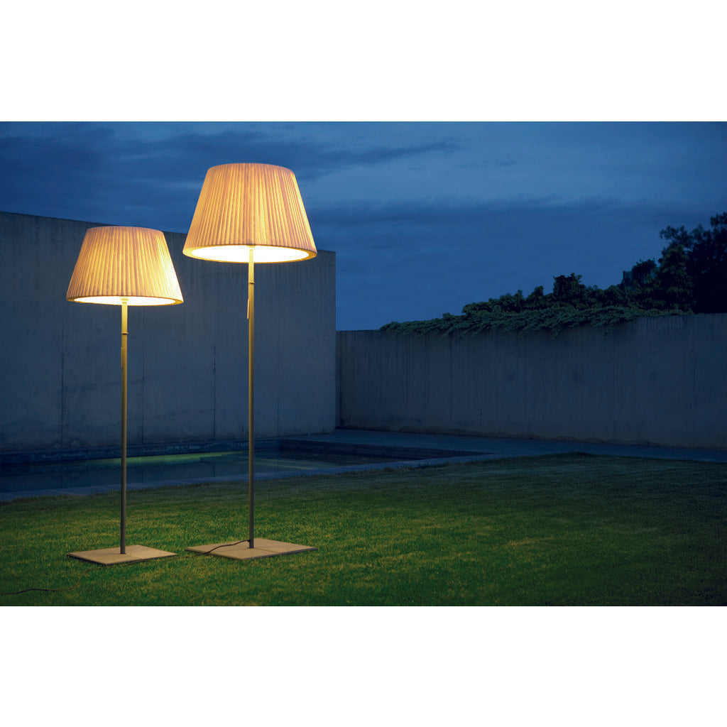 Marset TXL Outdoor Floor Lamp | Gray