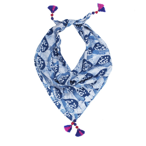 WSW Scarf in Shades of Blue
