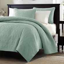 Load image into Gallery viewer, King size Seafoam Green Blue Coverlet Set with Quilted Floral Pattern