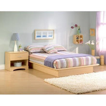 Load image into Gallery viewer, Queen Size Platform Bed Frame in Natural Maple Finish