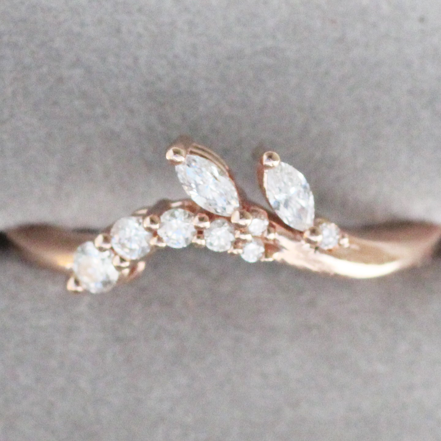 Clarissa - Curved antique style diamond band