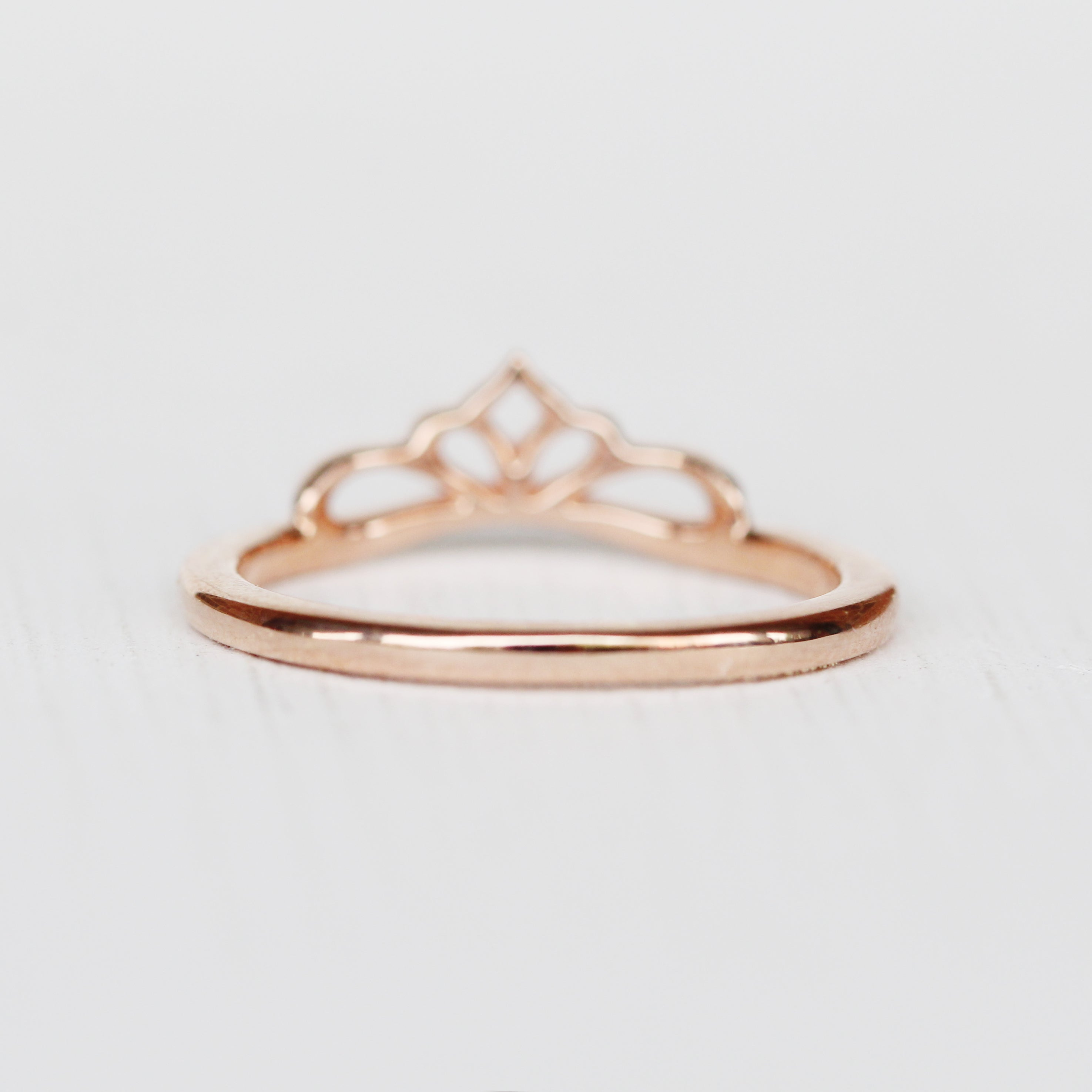 Liesbeth Ring -  Stackable band in 14k Gold - Made to Order