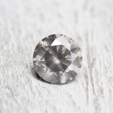 .80 carat 5.8mm misty gray champagne - Midwinter Co. studio inventory code: GC80