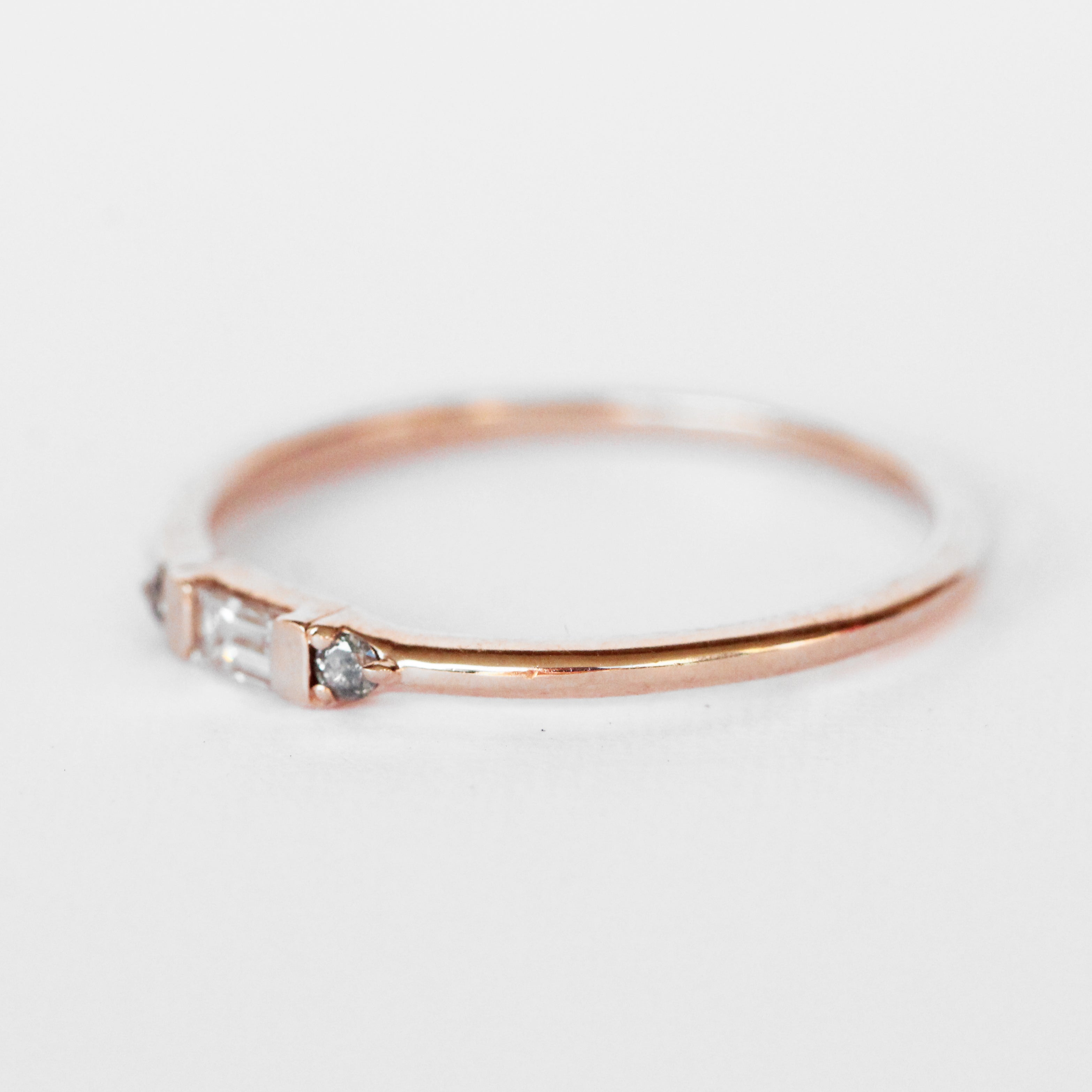 Phoebe Minimal Baguette + Round Diamond Ring - Stackable Band in Your Choice of 14k Gold - Celestial Diamonds ® by Midwinter Co.