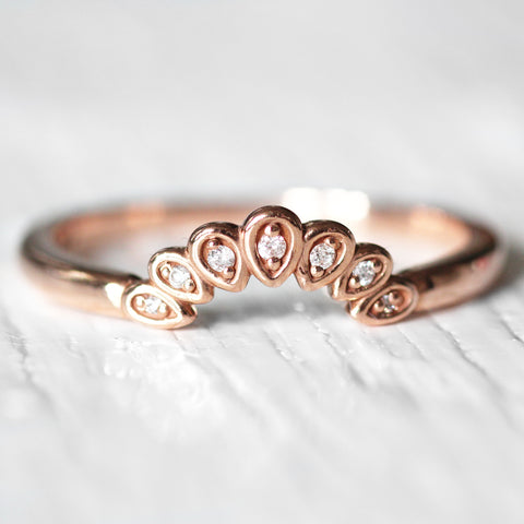 Flora - Curved antique style diamond band