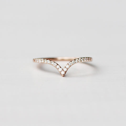 Vern wedding band - Contour Point V shape Diamond Band - Gold of choice