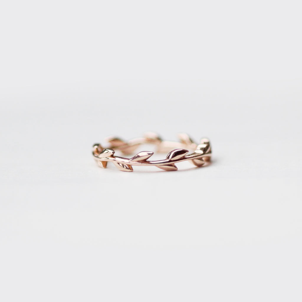 Foliage - Wedding Stacking Band in Your Choice of 14K Gold