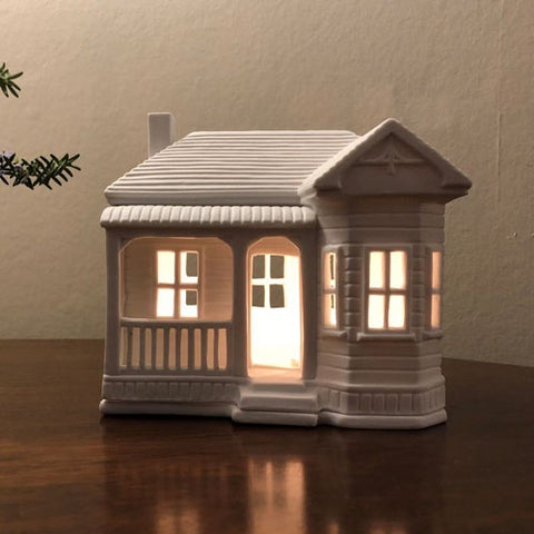 Porcelain House Tealight - NZ Villa