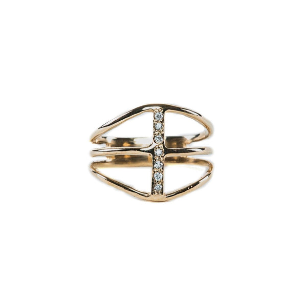 14 karat yellow gold & diamond ring