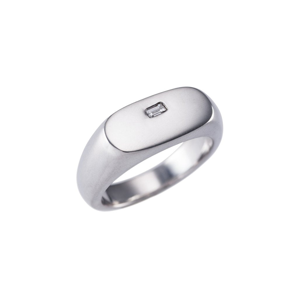 Mens Oval Signet Ring With Diamond