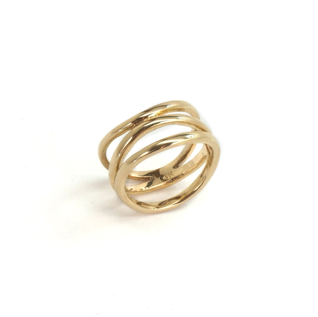14K Gold Thin Twist Ring