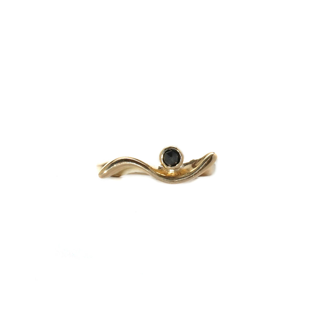 14k Wavy Diamond Ring