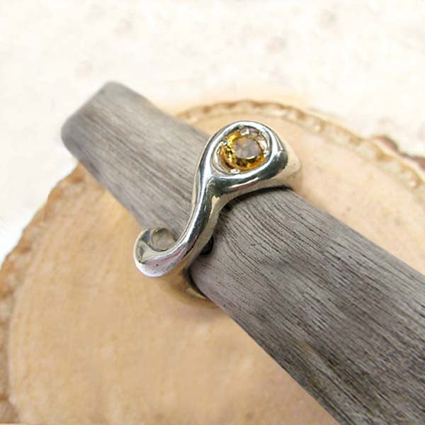 Low Sculpted Ring with Large Stone