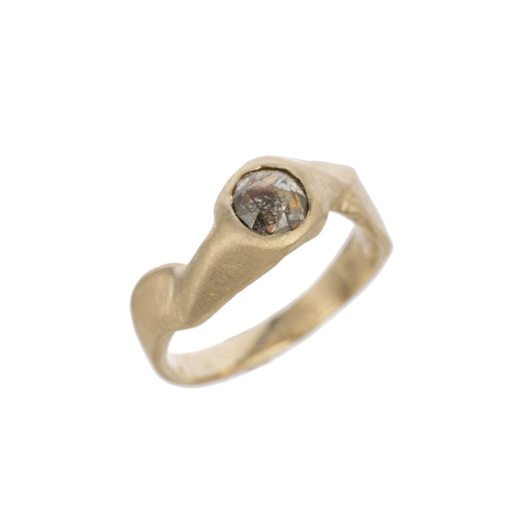 One of a Kind gold ring with rose cut diamond