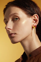 Load image into Gallery viewer, lantern ear stud/earring