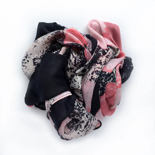 Load image into Gallery viewer, Headscarf - Big Blooms Pink