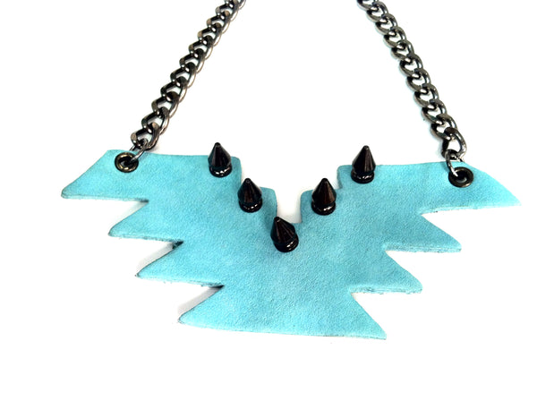 The Zenial Stud choker necklace (leather-aqua)
