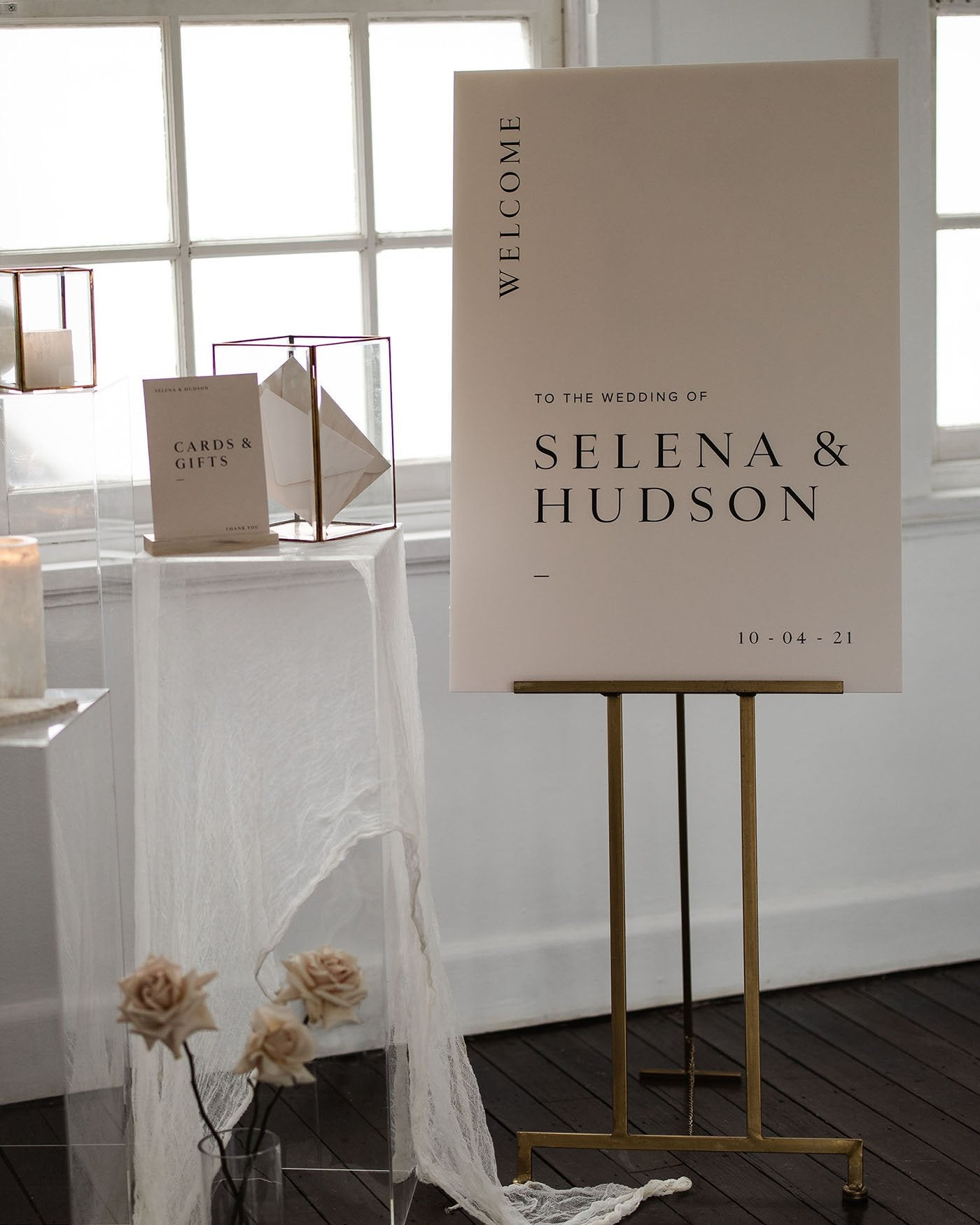 Selena Welcome Sign
