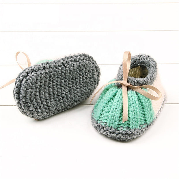 Soft Knitted Shoes for New Born Baby - Little Guardian