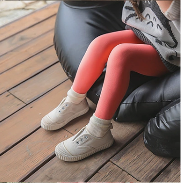 Solid color knit tights - Little Guardian
