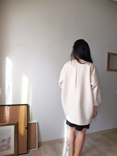 crème coat-sold out