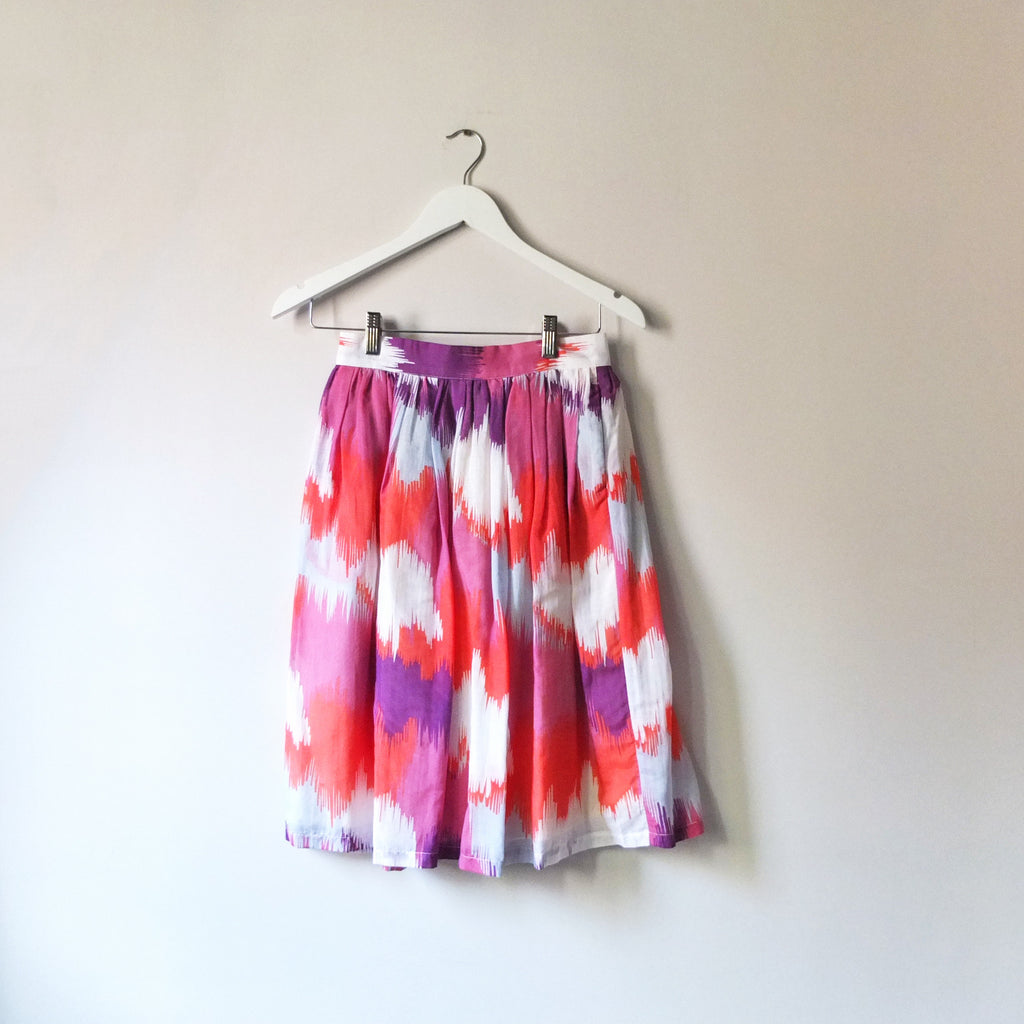 Moji skirt{sold out}