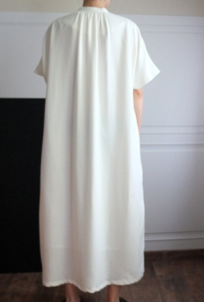 Carlisle dress-sold out