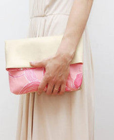 fleur clutch {sold out}