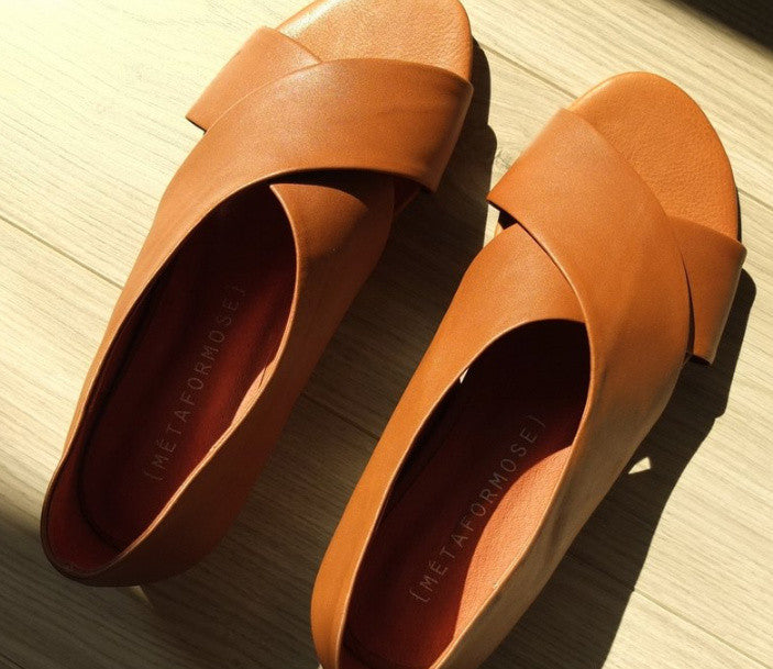 deux sandals (other colours are available upon request))sold out