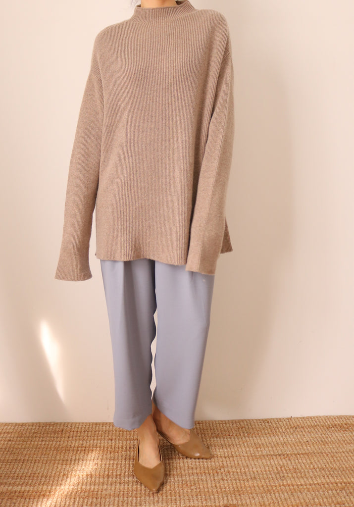 Forme Sweater (more colours available)-sold out