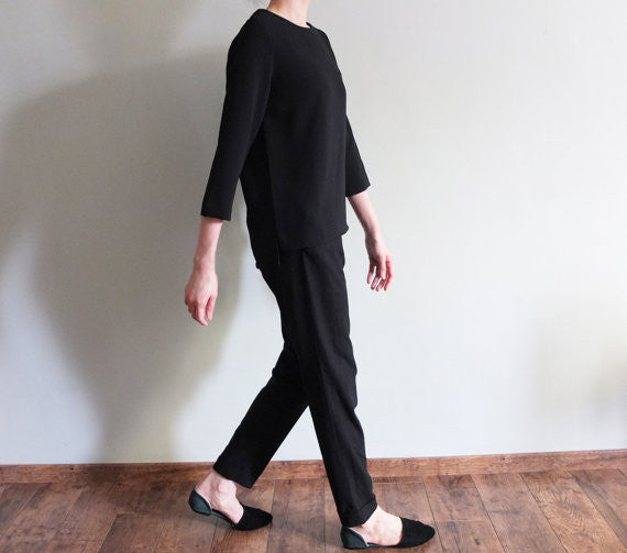 Minimalist top {Black}-sold out