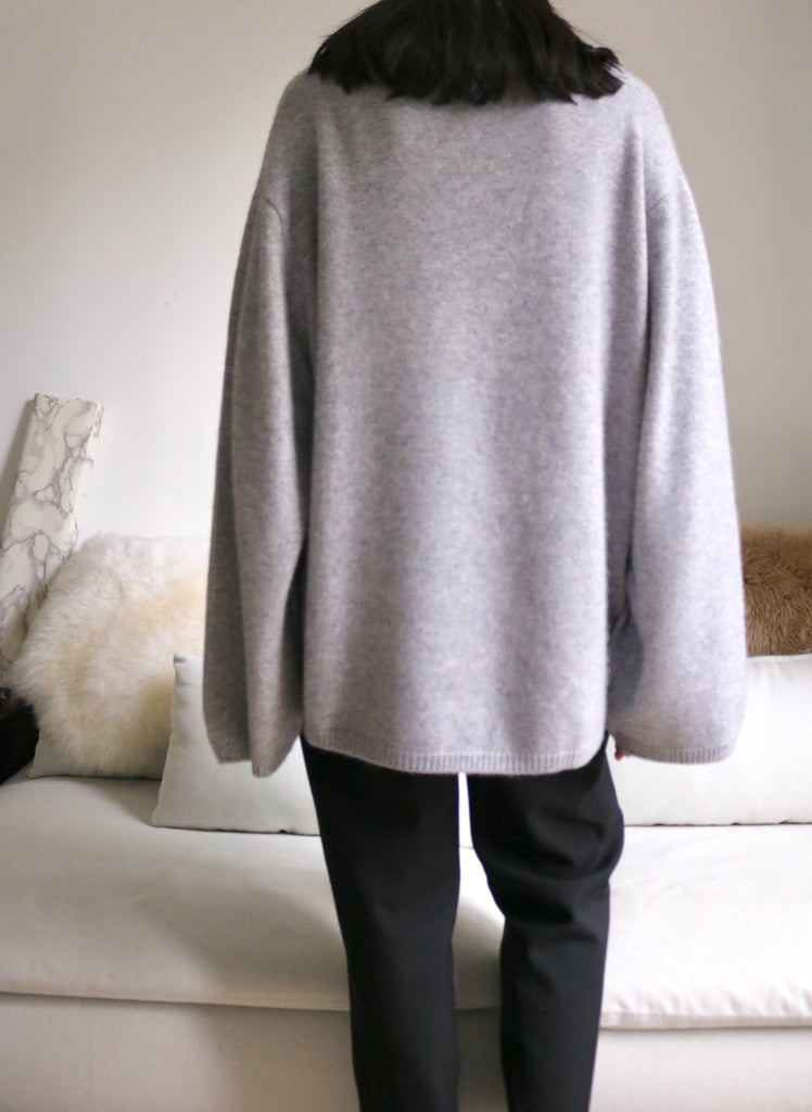 Liv Sweater-light grey( upgraded material)
