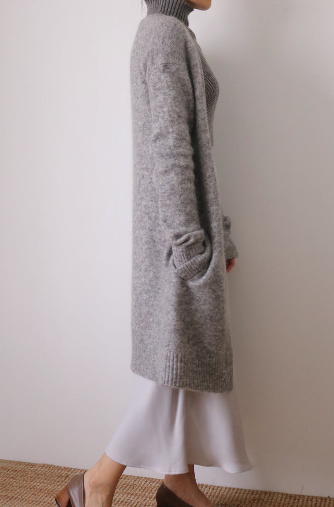 Eniya cardigan { charcoal & mid-grey }