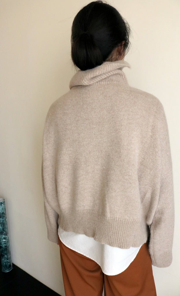 Avoine sweater (more colours available)