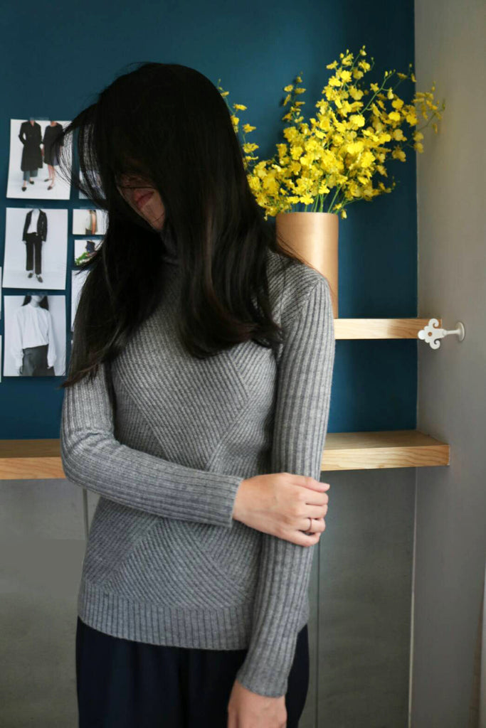 evie sweater-sample sale