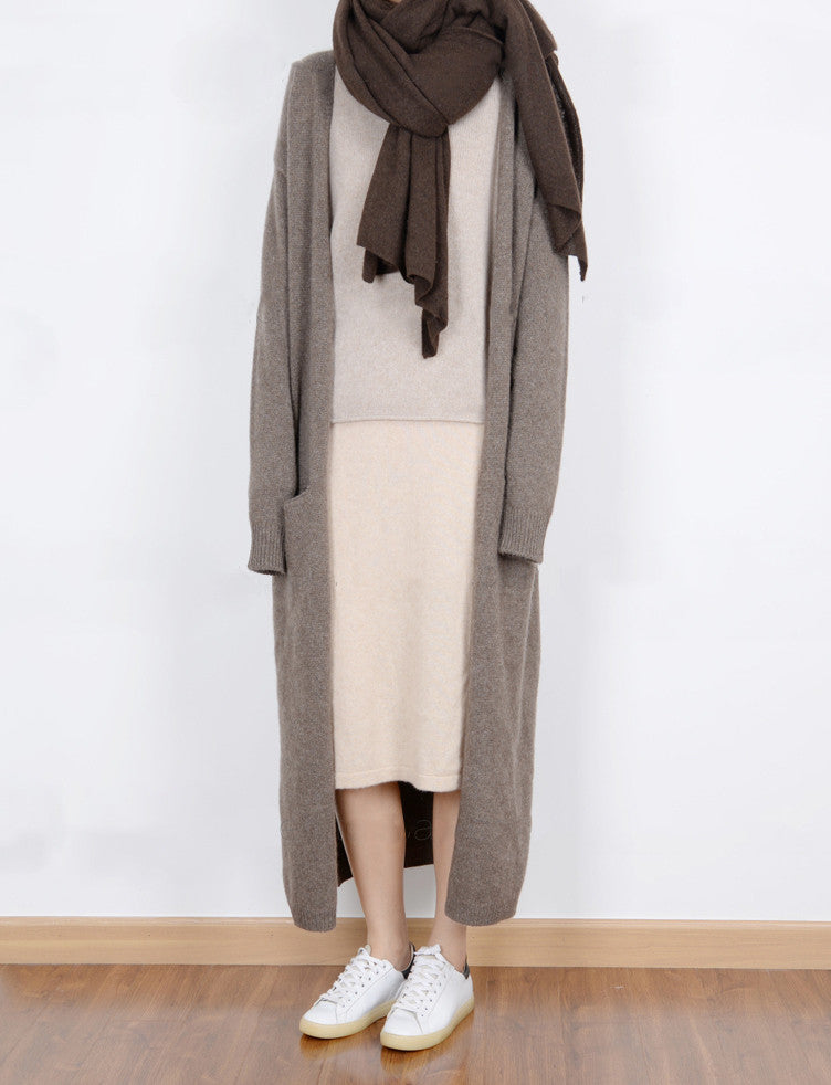 privé cardigan (100% cashmere, other colours available)-sold out