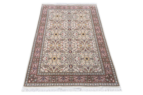 fine hand-knotted wool persian carpet, naturally dyed - 2.08m x 3.14m