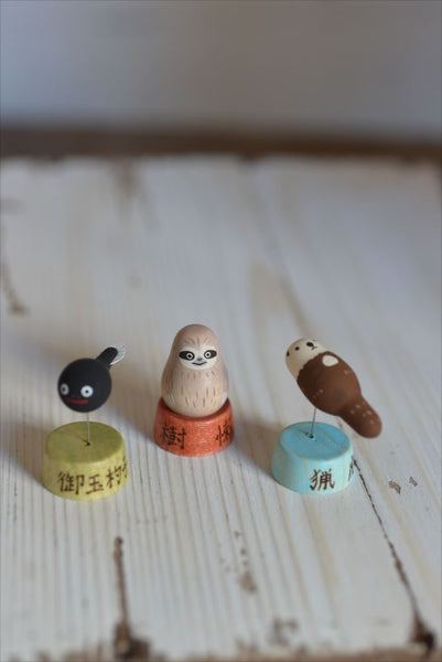 Japan Handmade 猟虎 Sea Otter Wooden Toy/ Display