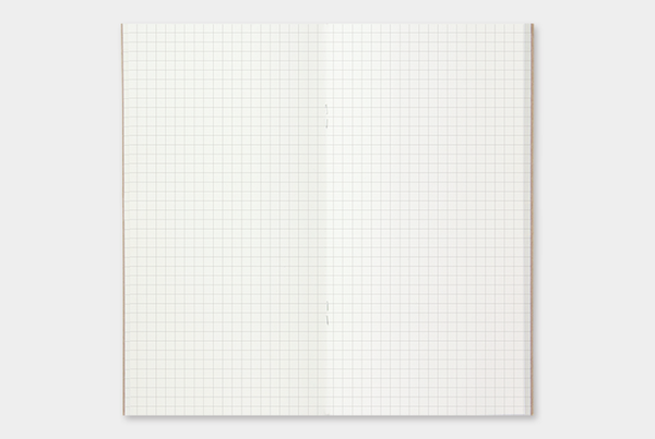 TRAVELER'S notebook Regular 002 (Grid)