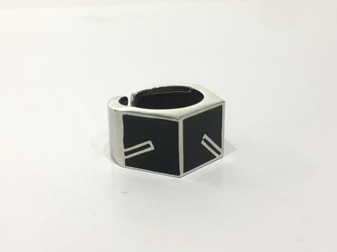 8FIVE2 BOX LOGO RING