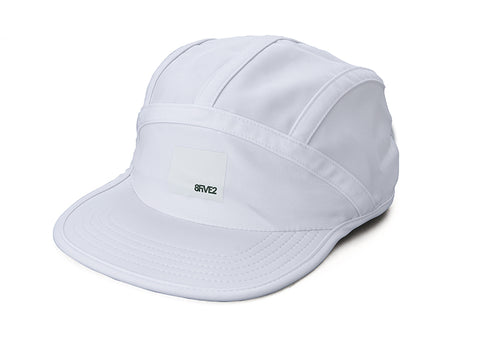 8FIVE2 Bolts Cap White/White