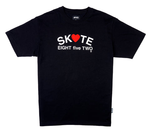 8FIVE2 Heart S/S Tee Black