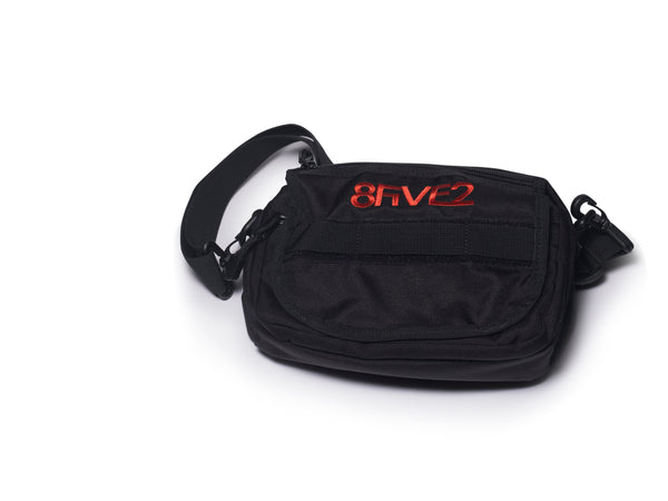8Five2 Koch Sling Bag	Black