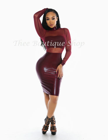 The Bella Mirage Illusions Dress (Burgundy)
